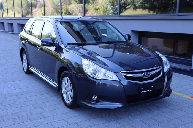 estate Subaru Legacy 2.0i Swiss AWD