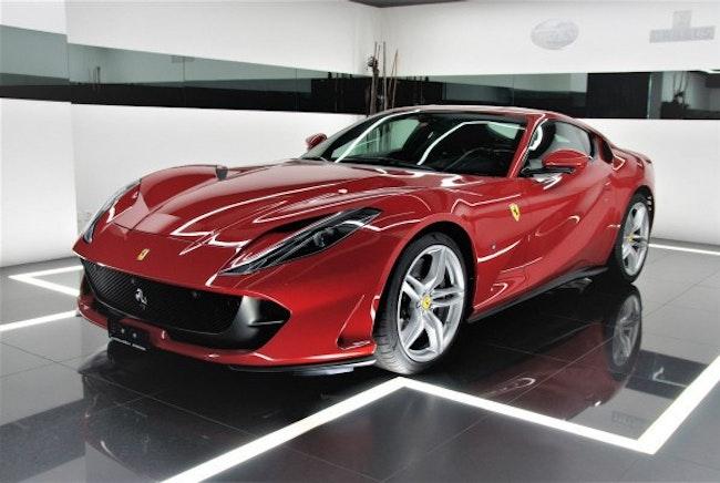 sportscar Ferrari 812 Superfast
