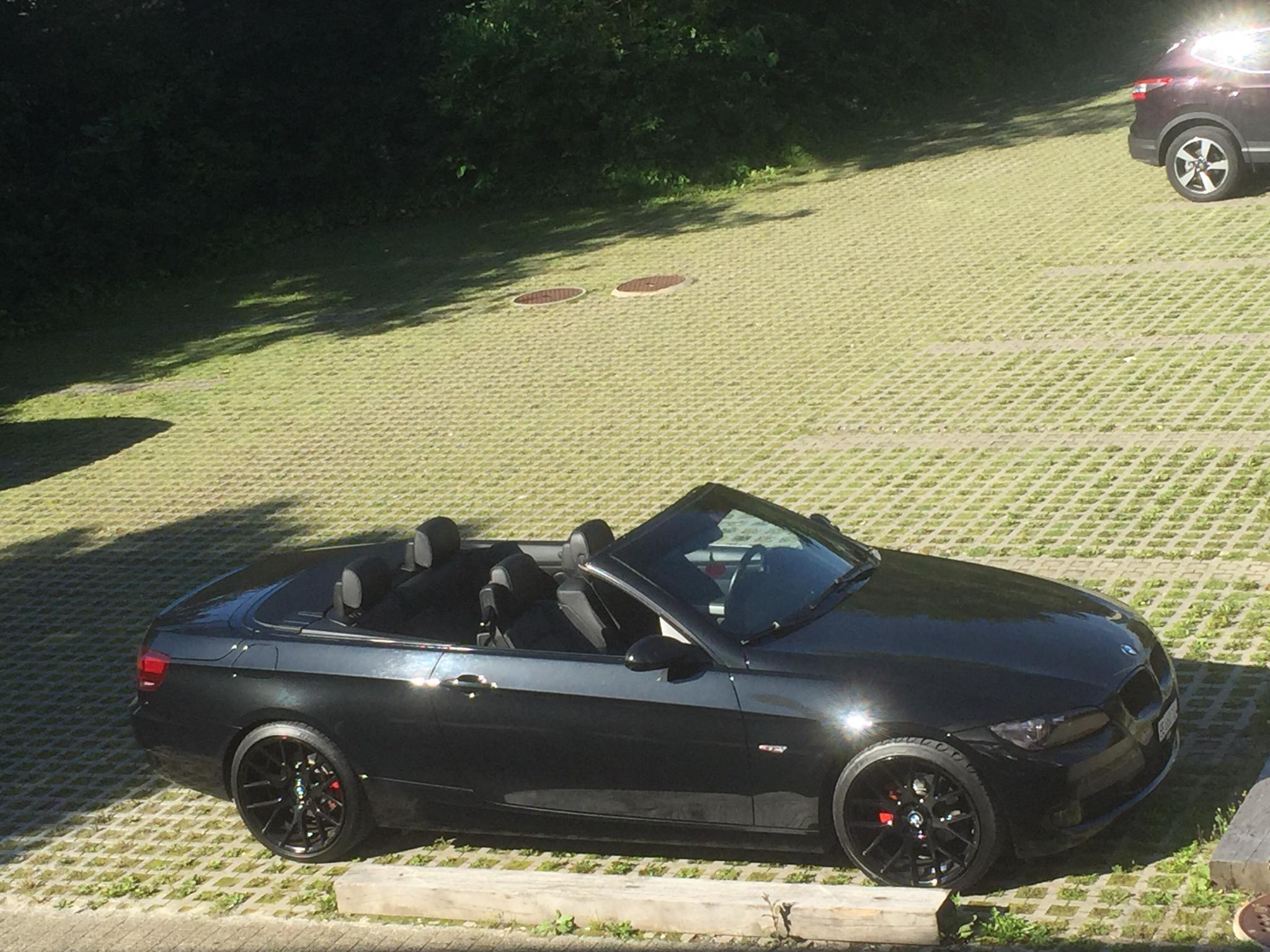 saloon BMW 3er Compact 320i Cabrio