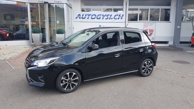 saloon Mitsubishi Space Star 1.2 Diamond