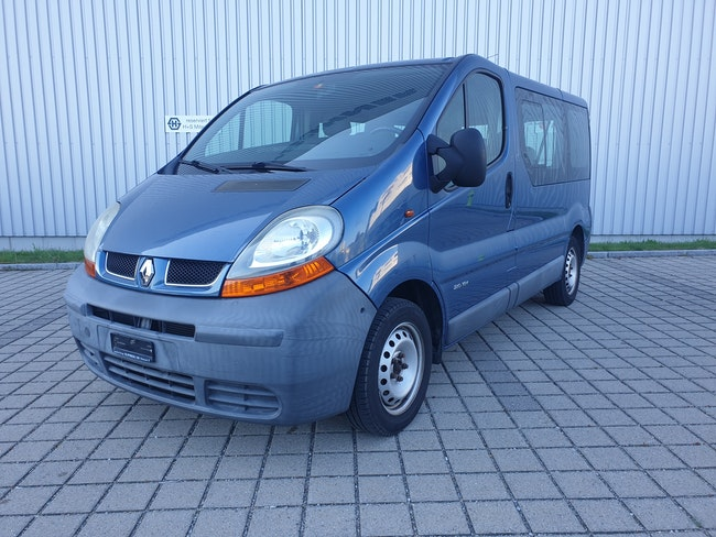 bus Renault Trafic 2.0 16V 2.7t