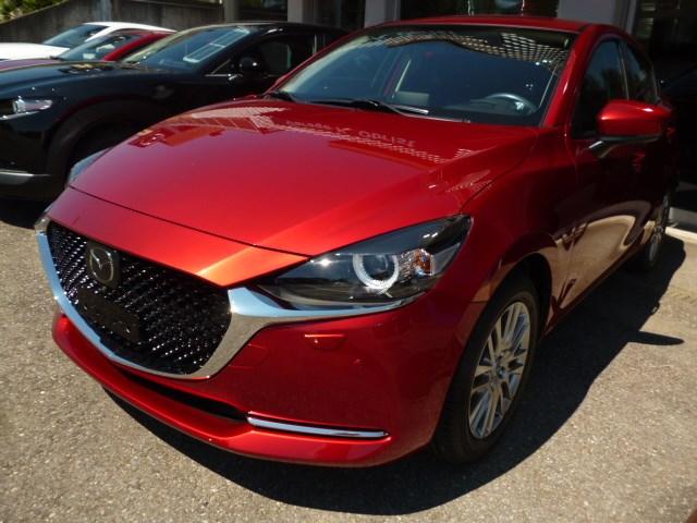 saloon Mazda 2 SKYACTIV-G 90 Mild Hybrid Revolution