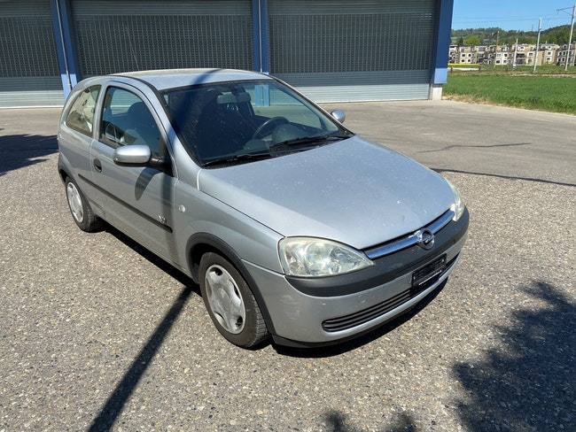 saloon Opel Corsa 1.2 16V Njoy