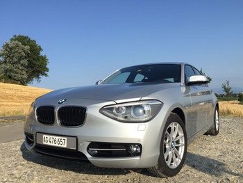 saloon BMW 1er 120d