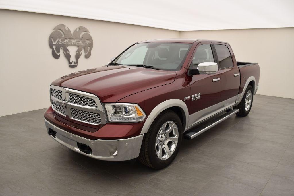 suv Dodge USA RAM 1500 5.7 Laramie Crew Cab