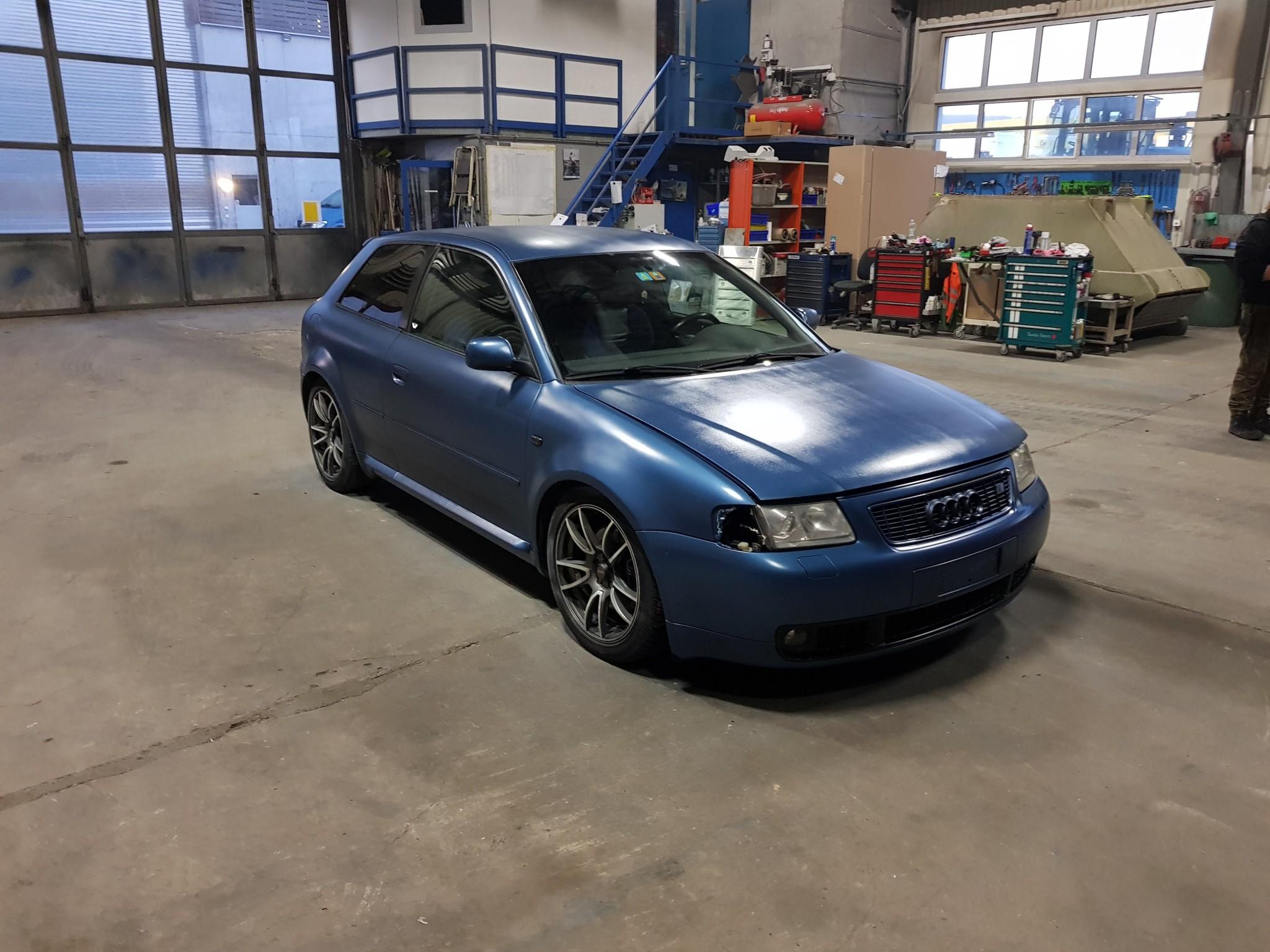 saloon Audi S3 8l