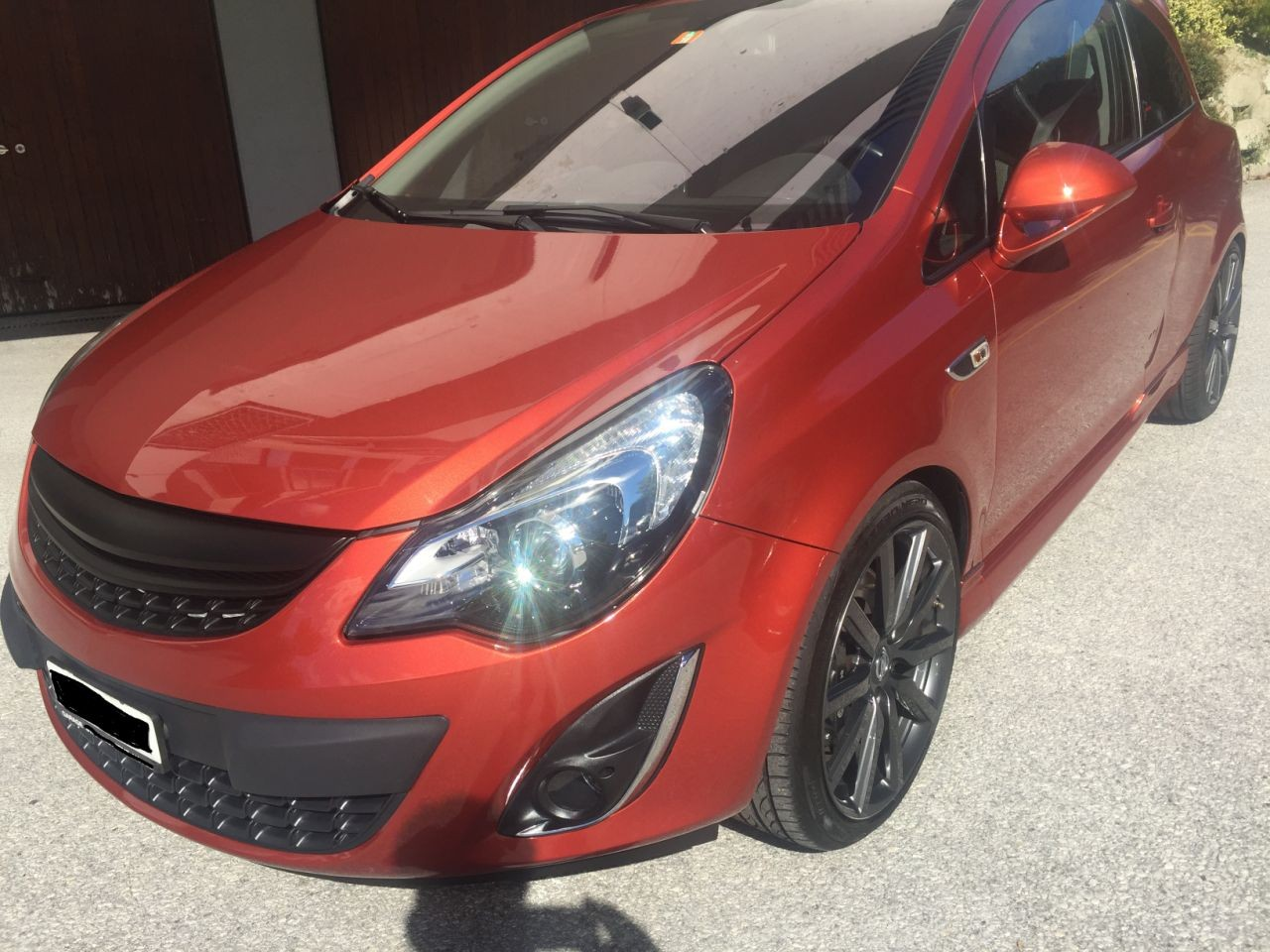 saloon Opel Corsa Nurburgring Edition