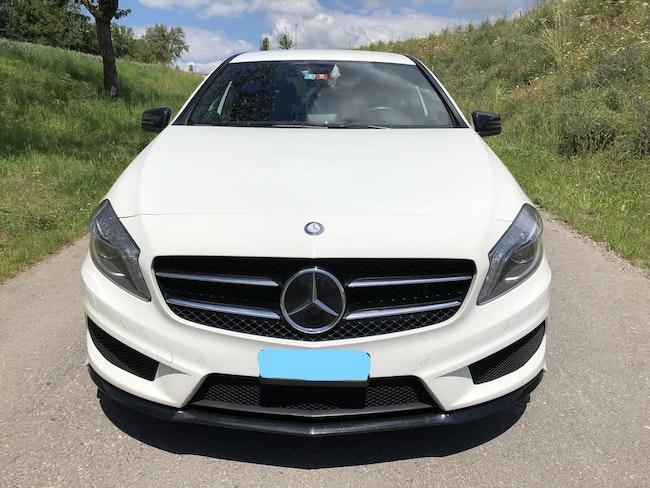 saloon Mercedes-Benz A-Klasse A 180 AMG Line