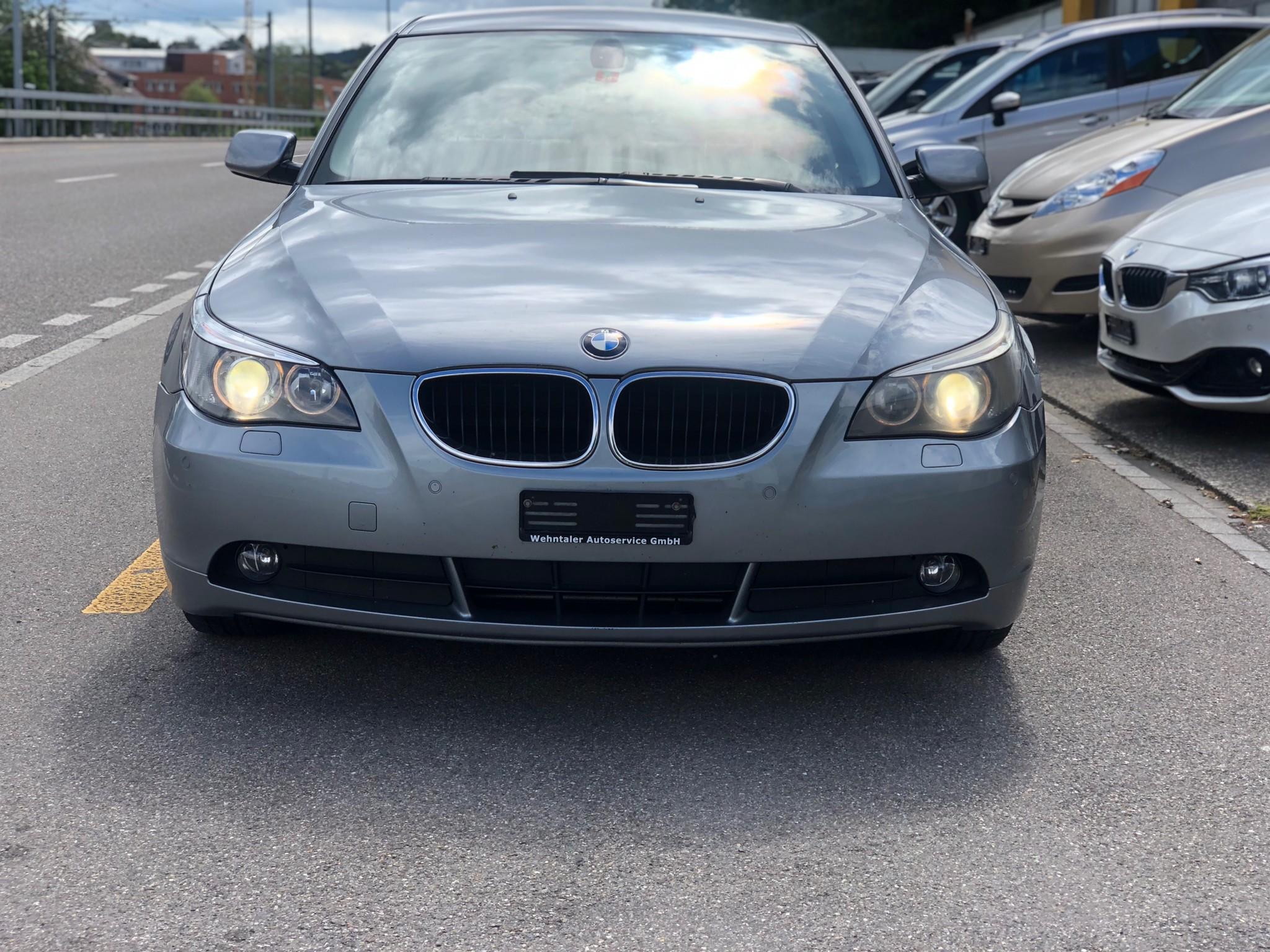 saloon BMW 5er 520i