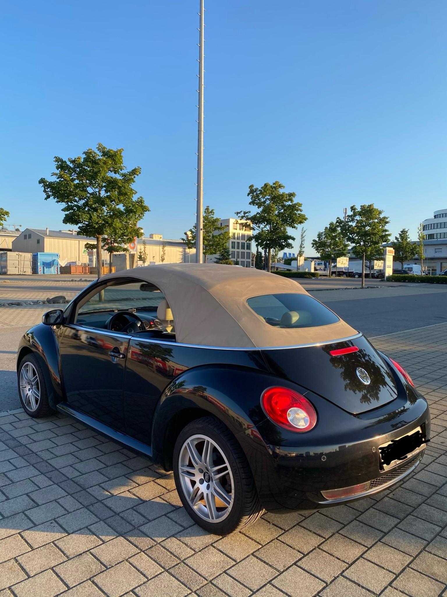 saloon VW Beetle Sehr schöner VW New Beetle Cabrio