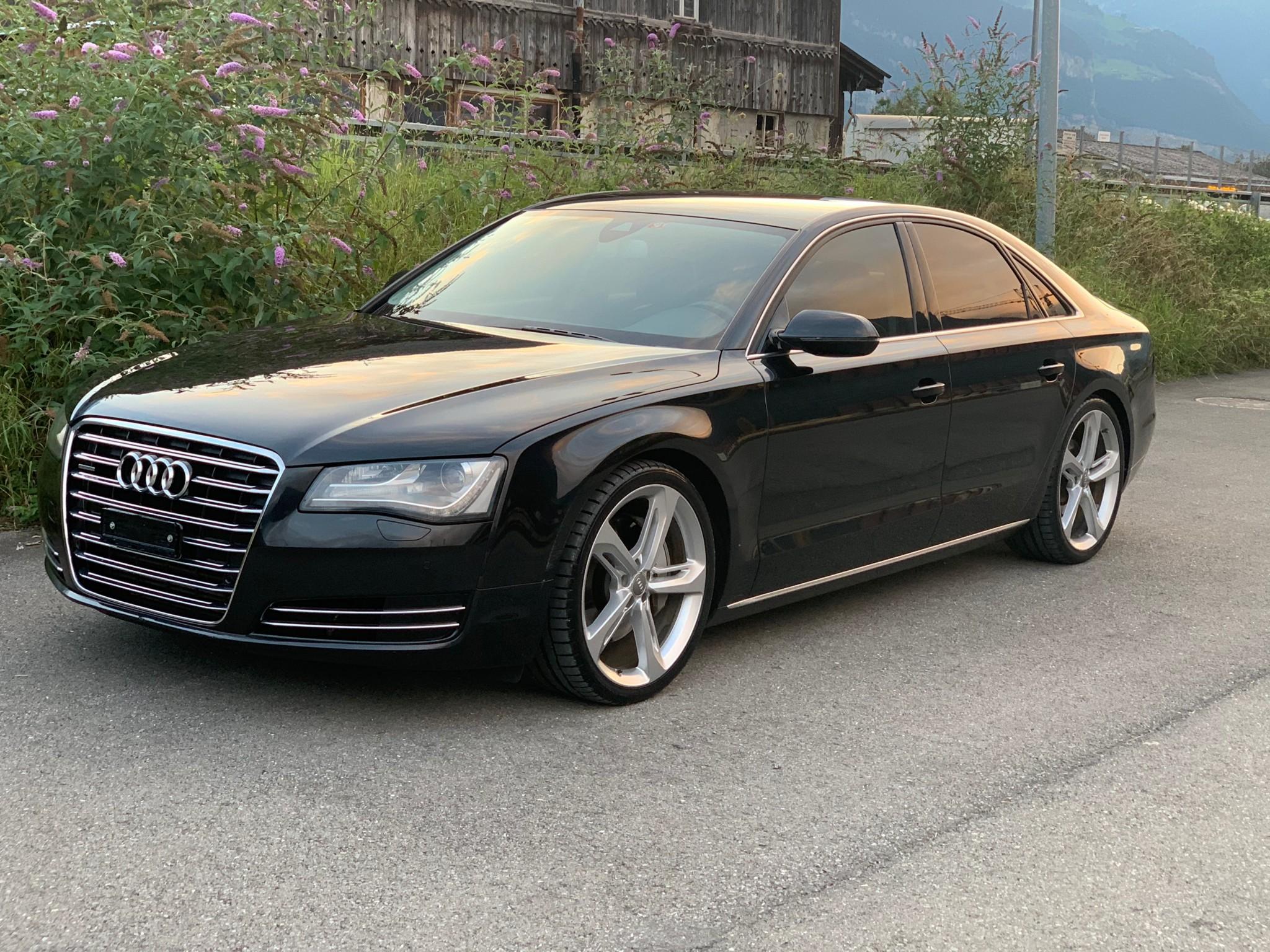saloon Audi A8 3.0 TDI Quattro