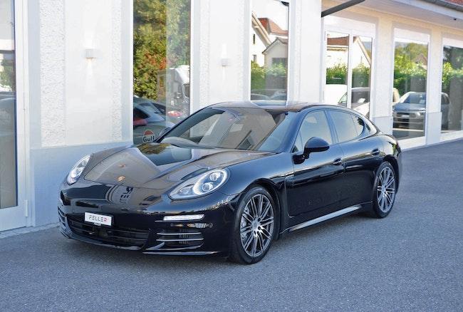 saloon Porsche Panamera 4S 3.0 PDK