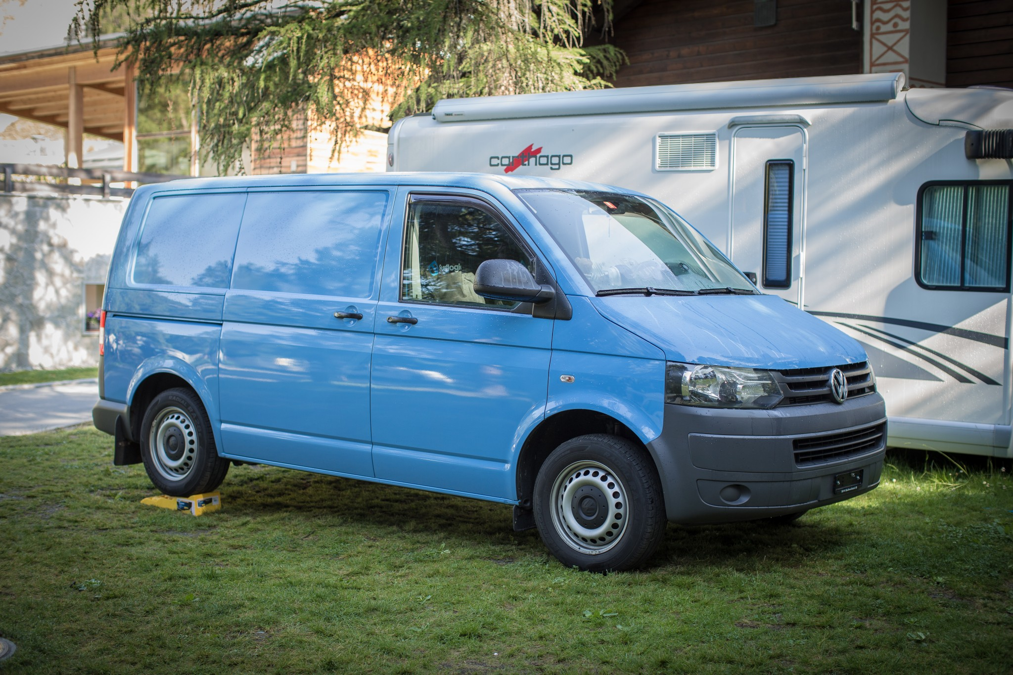 bus VW T5 .2 4Motion Camper - Top Zustand