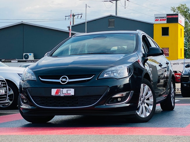 estate Opel Astra SportsTourer 1.4i 16V Turbo Cosmo