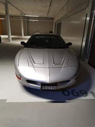 Pontiac Firebird Coupé 3.8 V6 145'000 km 6'900 CHF - kaufen auf carforyou.ch - 2