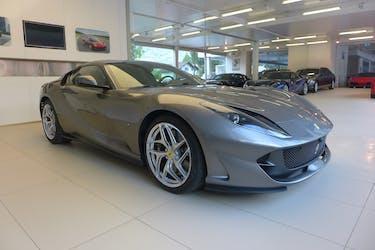 Ferrari 812 Superfast 4'850 km CHF330'000 - kaufen auf carforyou.ch - 3