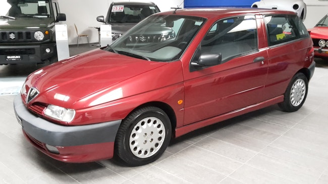 Alfa Romeo 145 1.7 16V L 134'956 km 4'000 CHF - kaufen auf carforyou.ch - 1