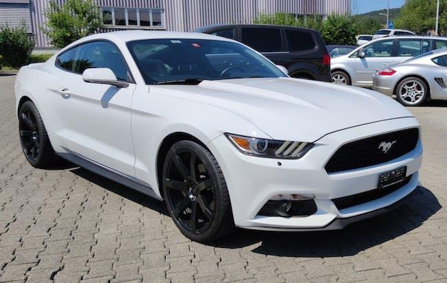 Ford Mustang Fastback 3.7 V6 104'500 km CHF27'500 - buy on carforyou.ch - 1