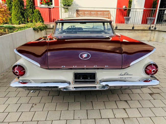 Buick LeSabre Le Sabre 76'850 km 43'500 CHF - buy on carforyou.ch - 1