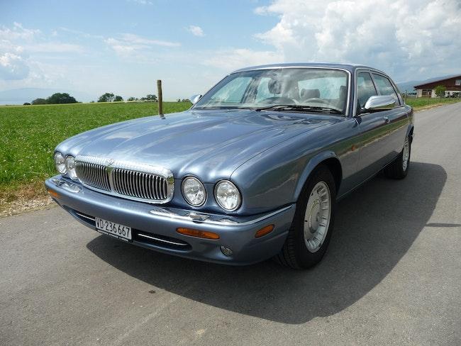 Daimler V8 4.0 213'000 km CHF9'500 - acquistare su carforyou.ch - 1
