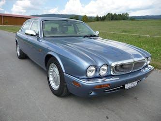 Daimler V8 4.0 213'000 km CHF9'500 - acquistare su carforyou.ch - 3