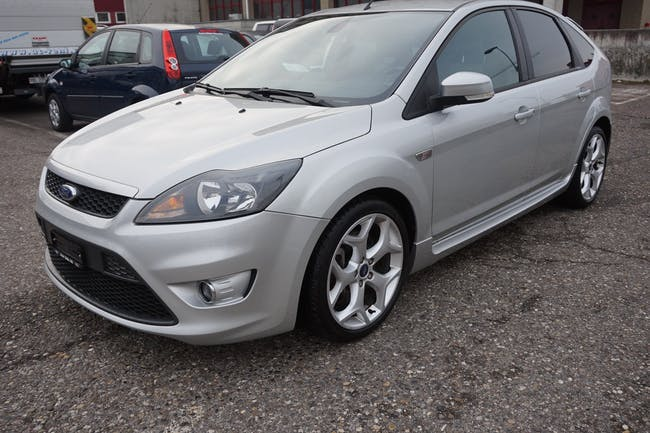 Ford Focus 2.5 Turbo ST 115'000 km CHF11'500 - buy on carforyou.ch - 1