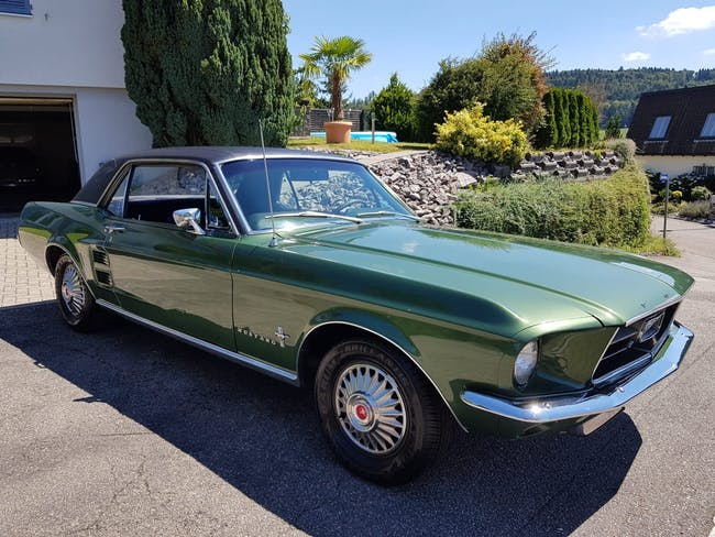 Ford Mustang Ford Mustang 122'517 km CHF31'500 - buy on carforyou.ch - 1