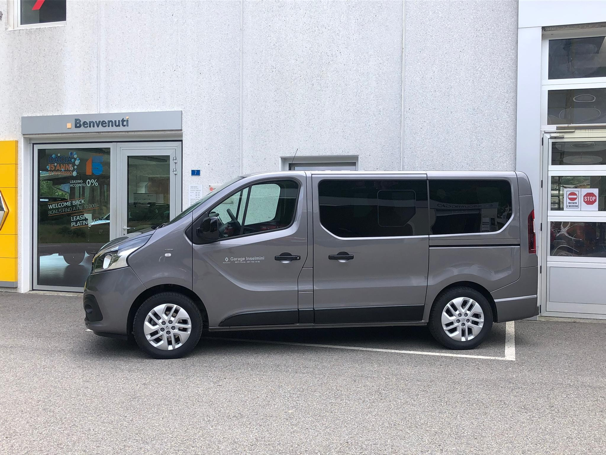 bus Renault Trafic Spaceclass 9 posti