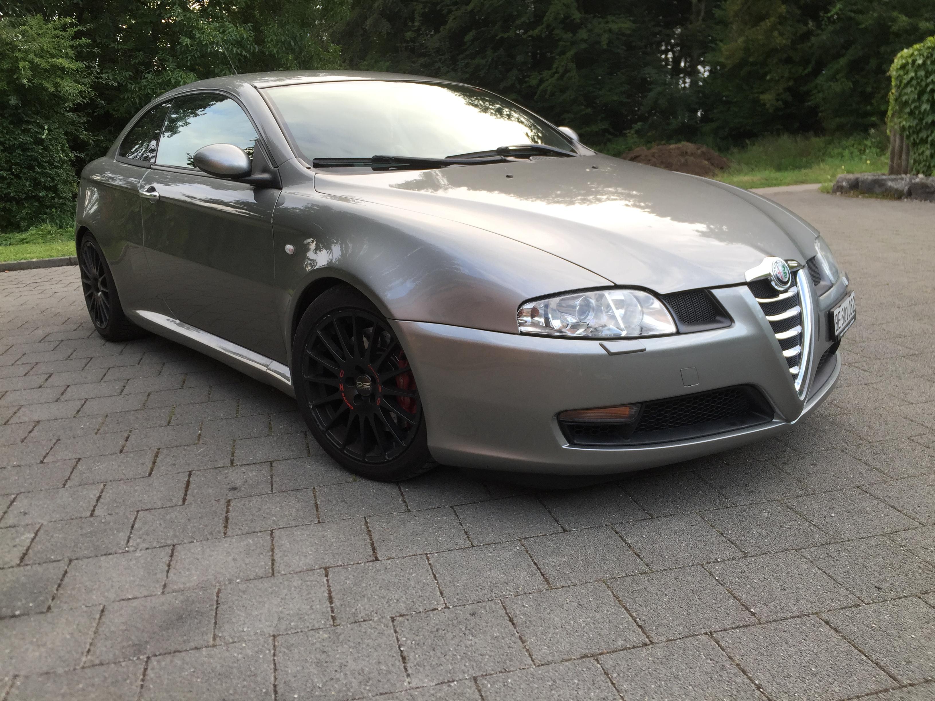 Buy Used Car Coupe Alfa Romeo Gt 3 2 V6 24v Distinctive 168000 Km At 6500 Chf On Carforyou Ch
