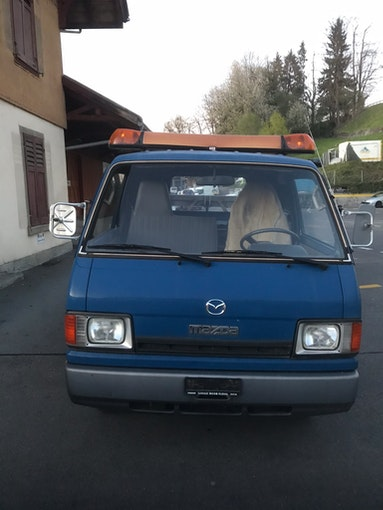 Mazda E2000 I  2.0 Benzin 130'000 km CHF5'300 - acquistare su carforyou.ch - 1