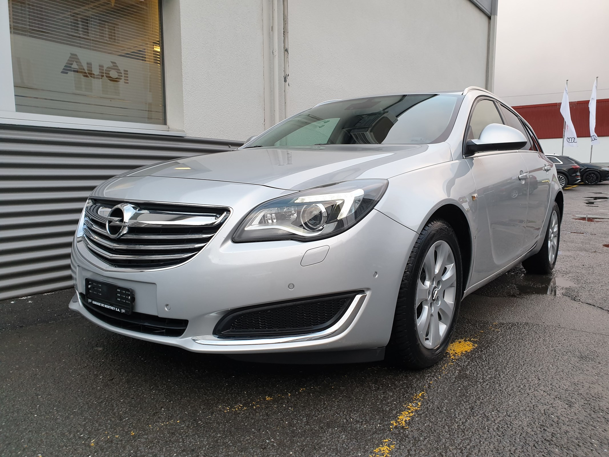 estate Opel Insignia Sports Tourer 1.6 Turbo Edition Automatic