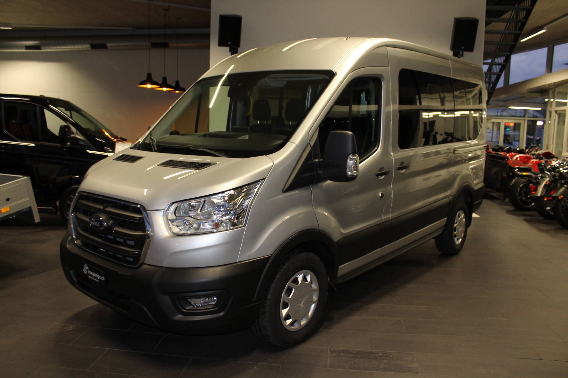 bus Ford Transit Kombi 350 L2 2.0 EcoBl Trend