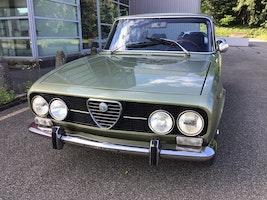 Alfa Romeo 2000 Berlina 2000 27'000 km CHF16'750 - buy on carforyou.ch - 2