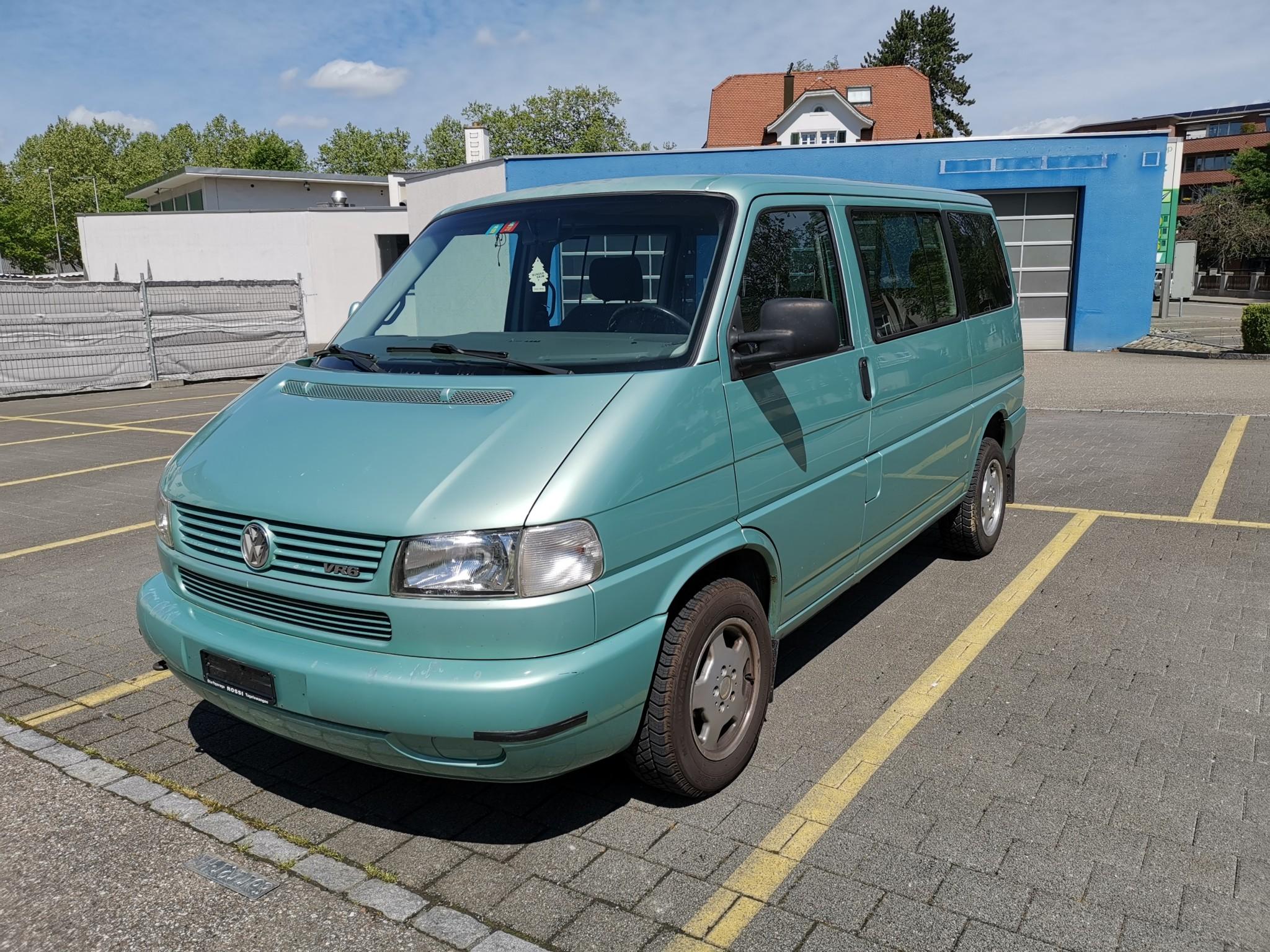 bus VW T4 Bus 2.8 l VR6 - inkl. aufblasbares Camping-Vorzelt