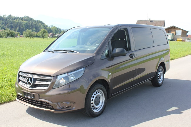 bus Mercedes-Benz Vito 116 BlueTec Tourer 8 SitzerL 7G-Tronic