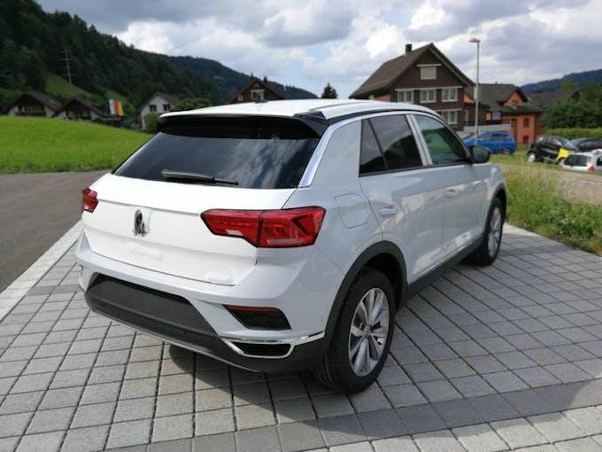 VW T-Roc 2.0 TDI SCR Style 4motion | 12 Km 5'000 km CHF33'800 - kaufen auf carforyou.ch - 1