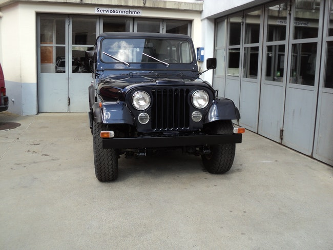 suv Jeep CJ-7 4.2
