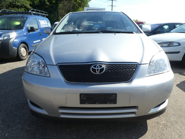 saloon Toyota Corolla 1.6 Linea Sol