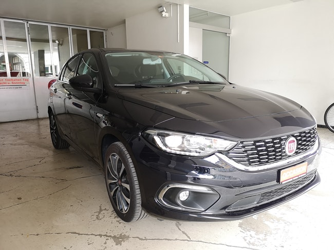 saloon Fiat Tipo 1.6 JTD Lounge DCT