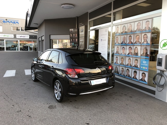 saloon Citroën C4 1.2 PureTech Shine
