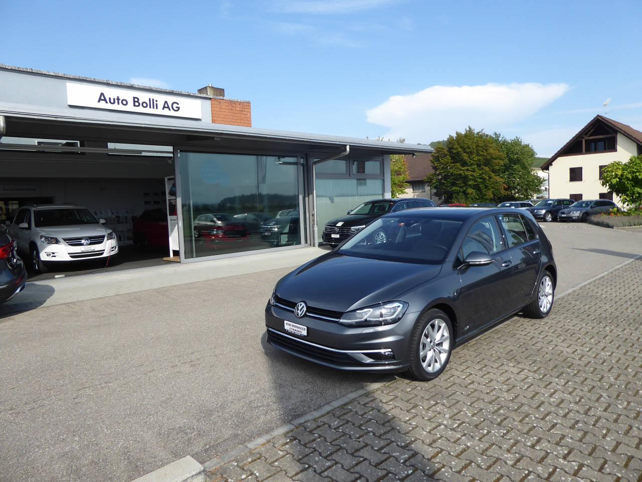 saloon VW Golf VII 2.0 TDI Highline DSG