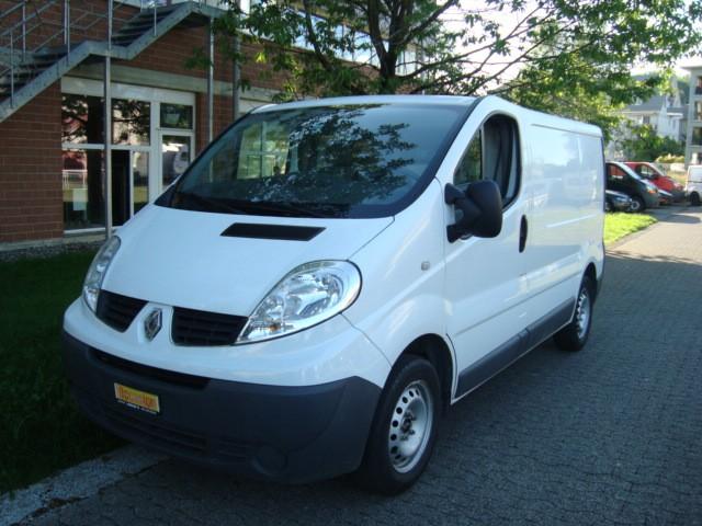 bus Renault Trafic DCI Frisch ab Kontrolle & Service- Km 145000