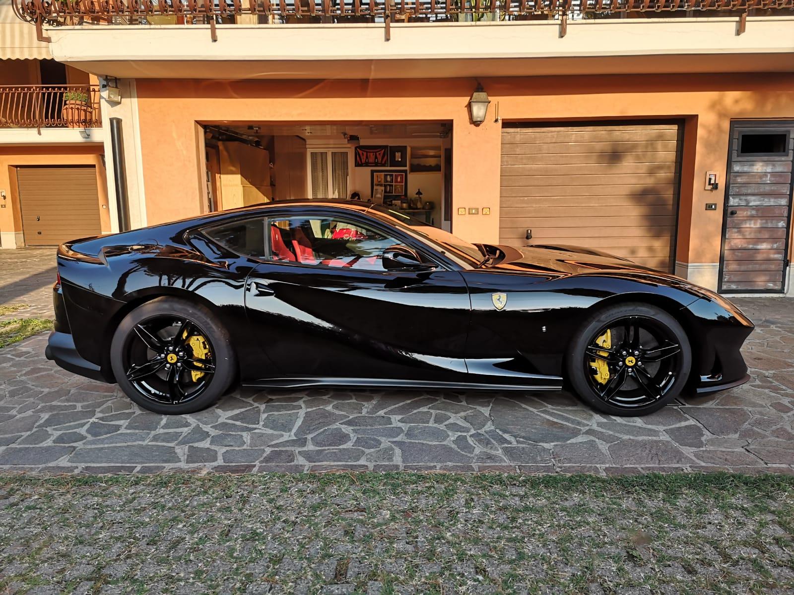 Vorführwagen Sportwagen Ferrari 812 Superfast 6 5 Km3350 3350 Km Für 295900 Chf Kaufen Auf Carforyou Ch