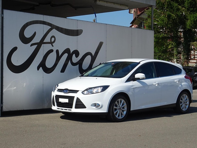 saloon Ford Focus 1.6i EcoB SCTi 150 Carving