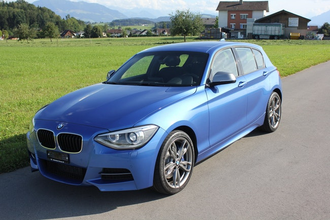 saloon BMW 1er M135i xDrive Steptronic