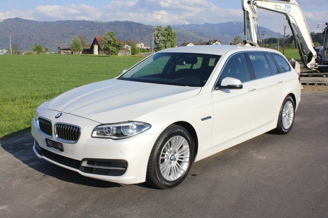 estate BMW 5er 525d Touring xDrive Luxury Line Steptronic