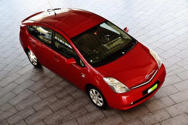saloon Toyota Prius 1.5 16V Hybrid