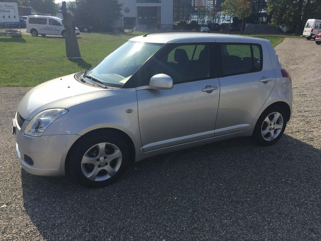 saloon Suzuki Swift 1.5 GL Top