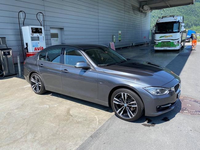 saloon BMW 3er 328i xDrive