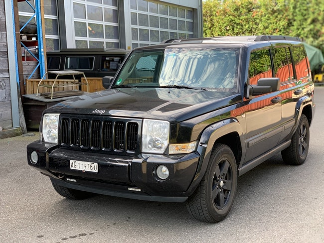suv Jeep Commander 4.7 V8 Sport